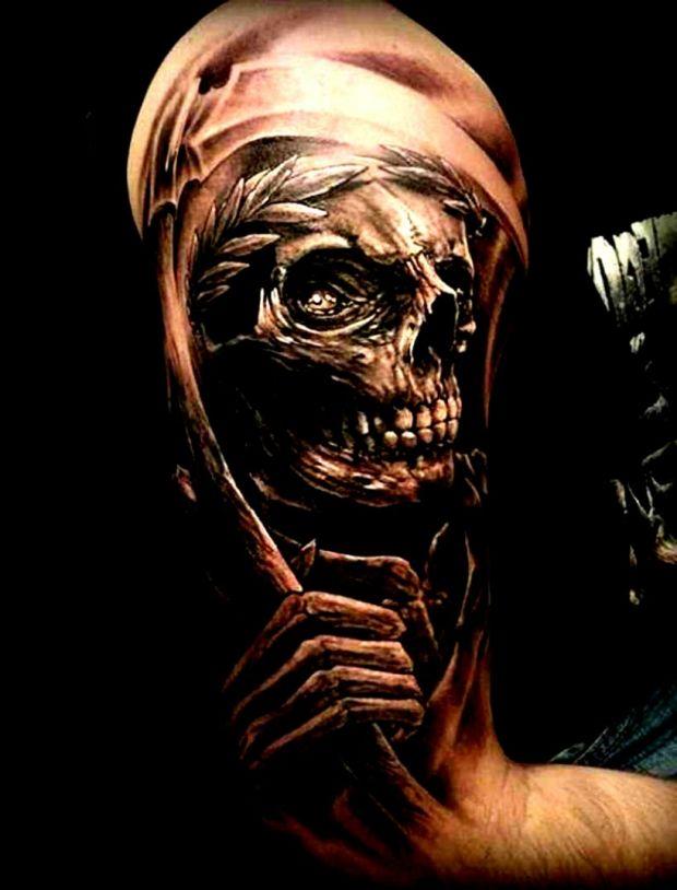 Kostucha Niesamowity Tatuaż