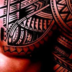 maori tatuaże na klaci