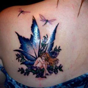 tatuaż ważka